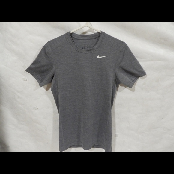 Nike Other - Nike gray t-shirt Size: Small